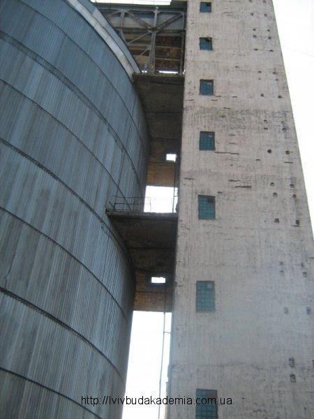 Вежа до відновлення